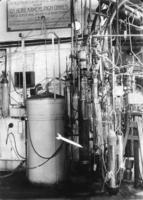 Equipment for the liquefaction of helium in Kamerlingh Onnes Laboratory